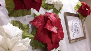 Papírvirág dekorácó és papírvirág fal rendezvényekre, irodákba
